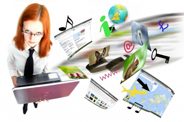 improve the ranking of wordpress blog with the set ofinternet tools, girl holding a laptop
