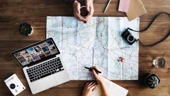 How to start a travel blog from scratch – the ultimate guide