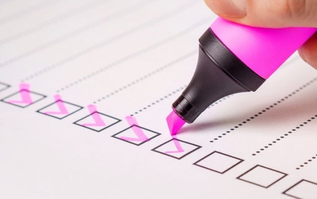 top-10-wordpress-related-posts-checklist with pink marker